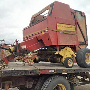 New Holland 640 baler for salvage parts